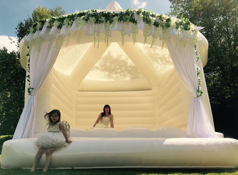 Inflatamania Bouncy Castles - Wedding Bouncy Castle & Inflatable Hire